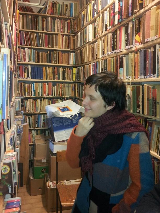 blažena med knjigami