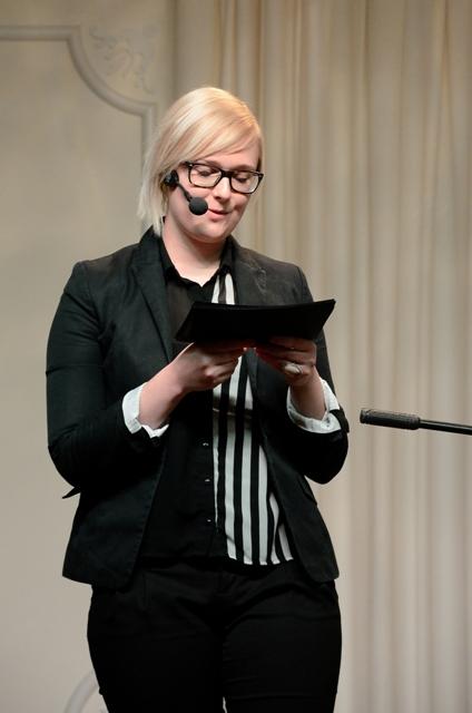 Ana Pisar, moderatorka literarnega vecera