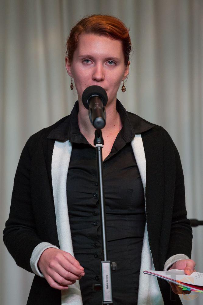 Nina Pecar